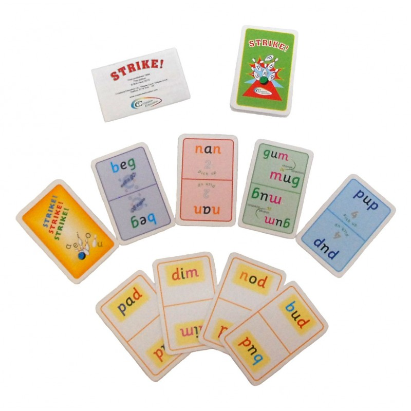 Fun vowel sound and reversals card game play